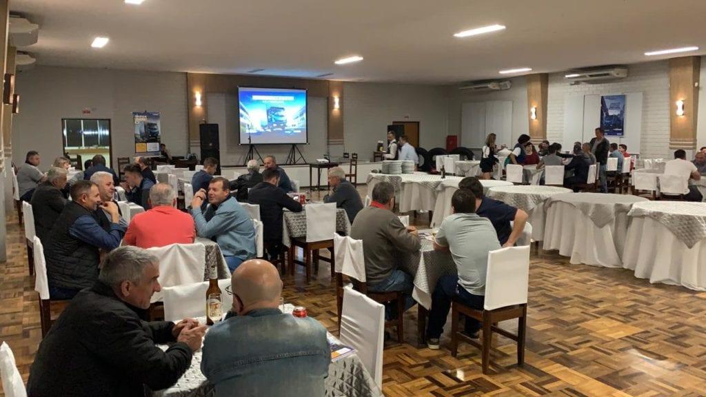 Carboni Iveco apresenta novo Tector no Vale e Norte Catarinense WhatsApp Image 2019 09 25 at 20.25.29