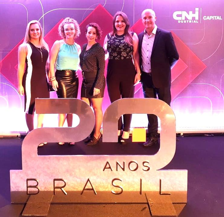 Encontro de Gigantes do Banco CNH Industrial: consultor da Carboni é premiado WhatsApp Image 2019 12 06 at 19.41.10