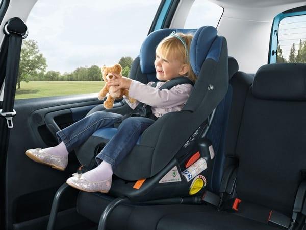 Proteja a sua criança: use o sistema Isofix para cadeirinhas isofix cadeirinha inmetro