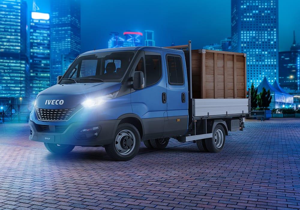Novo Iveco Daily chegou para melhorar o transporte leve no Brasil 20200205164746 34 DRIVER CREW Carga Seca 01 Flat copy