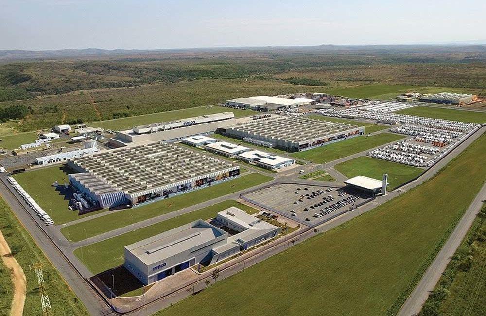 Iveco Retoma a produção na fábrica em sete lagoas (MG) galpao industrial pre fabricado concreto fiat iveco sete lagoas mg precon pre fabricados