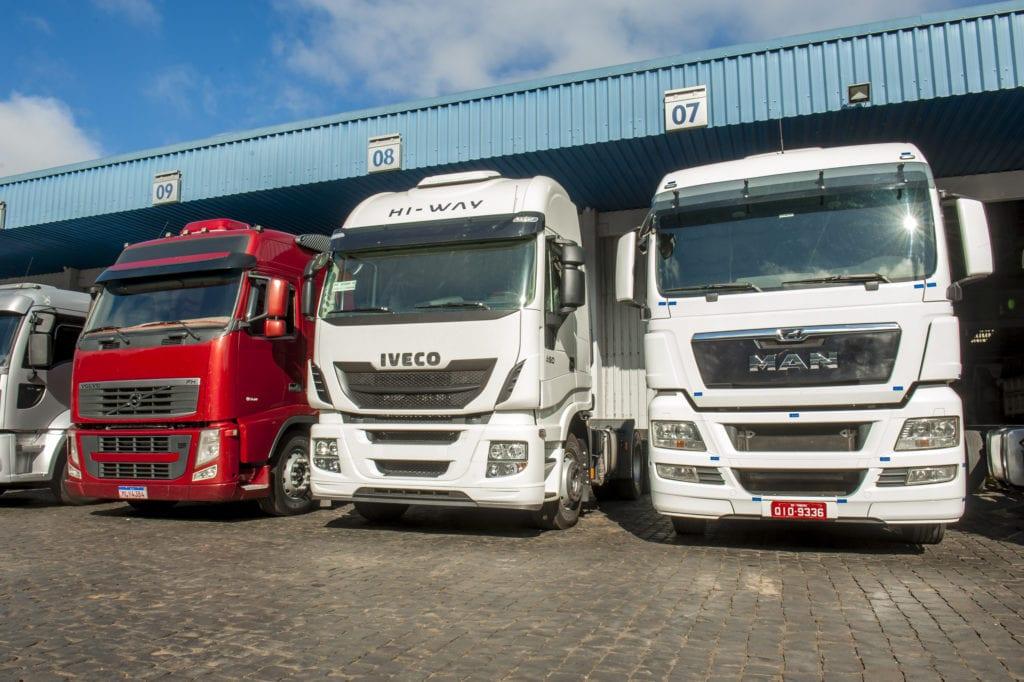 O caminhão usado ideal para o seu negócio está na Carboni Iveco LUC6190