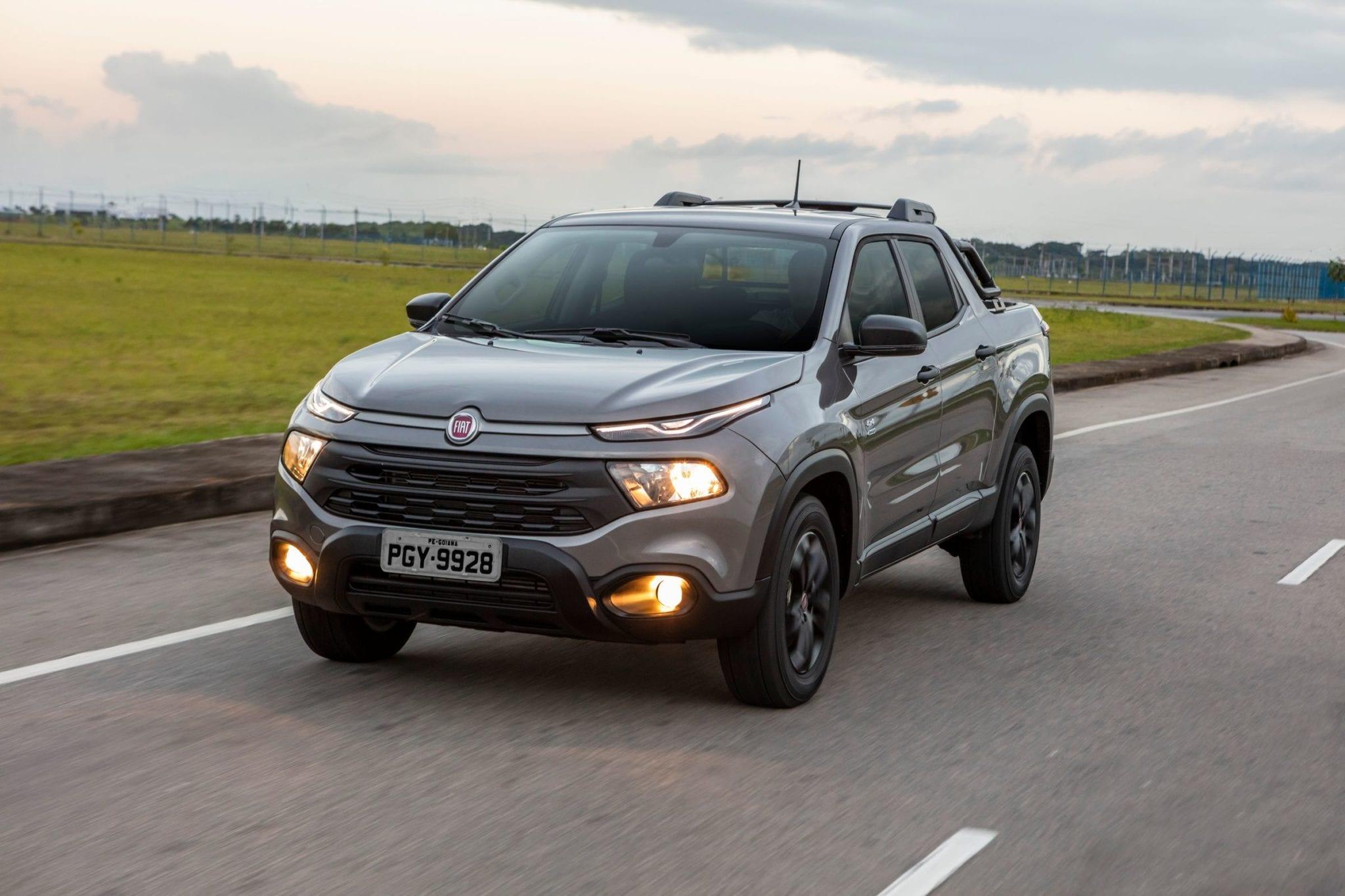 Fiat tem 3 veículos no topo do ranking dos mais vendidos em abril Fiat Toro Endurance 2 0 Diesel 003 large scaled