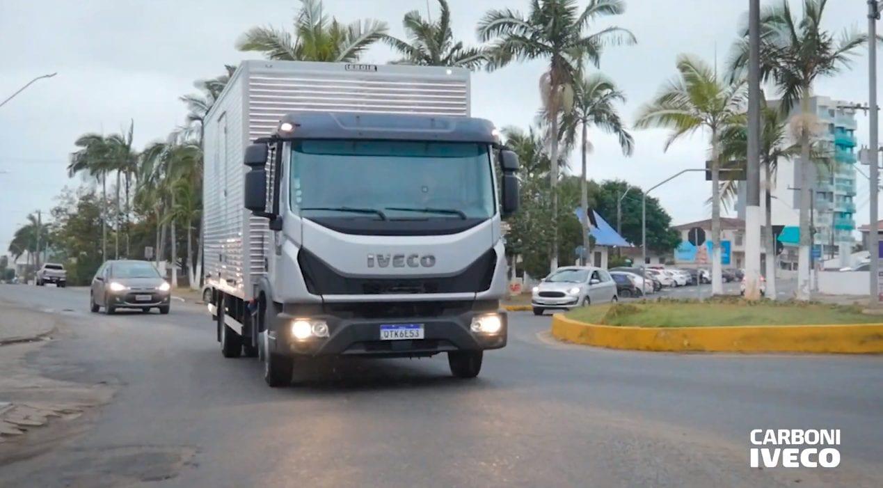 Iveco Tector - Cobebi Distribuidora de Bebidas