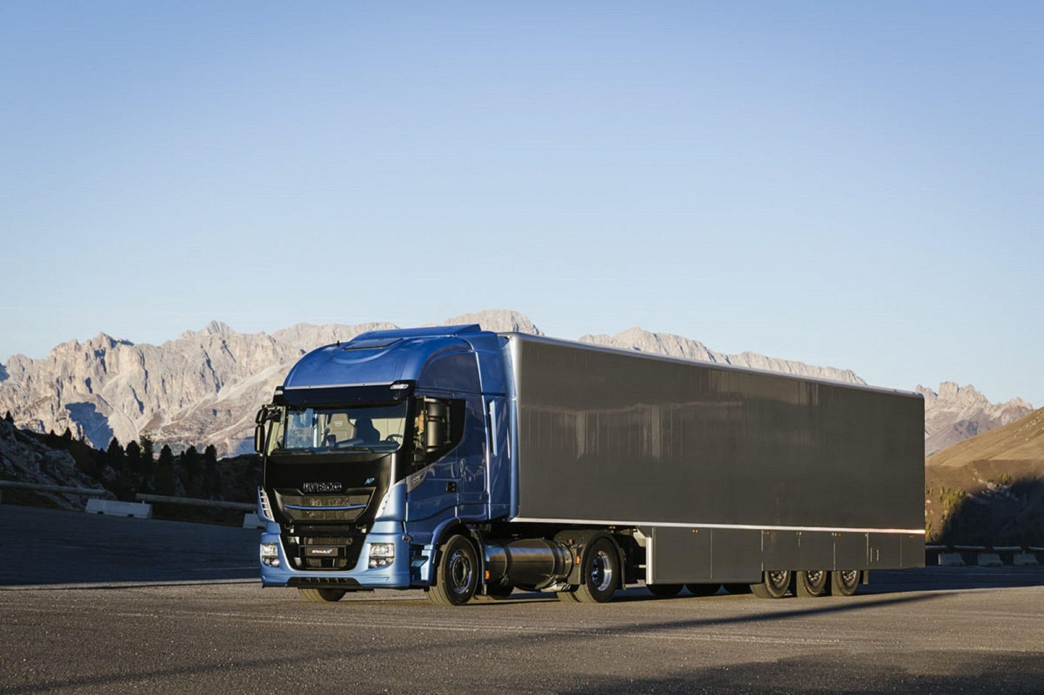 Caminhões GNL