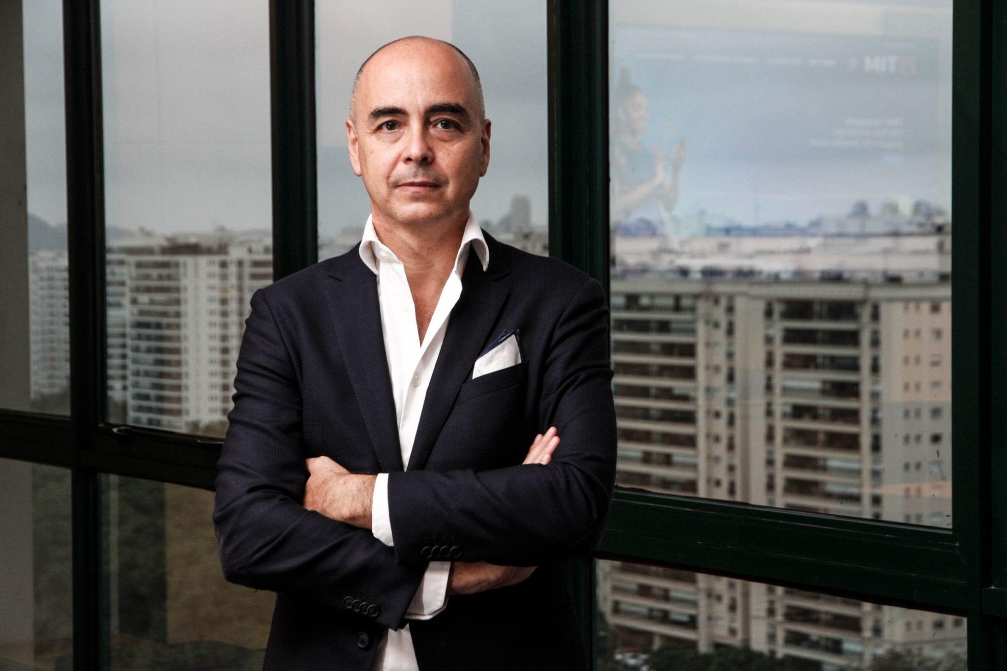 FCA e TIM Brasil fecham parceria inédita para carros conectados a partir de 2021