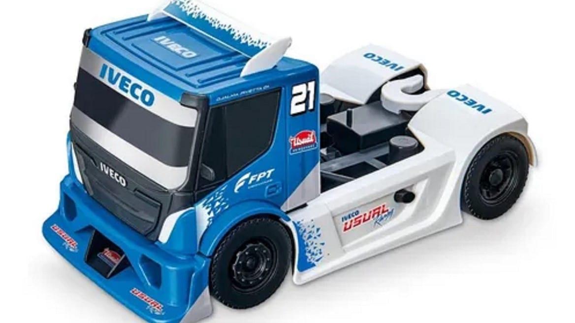 Sucesso nas ruas e nas pistas, Trucks de brinquedo da IVECO conquistam o universo infantil 587092