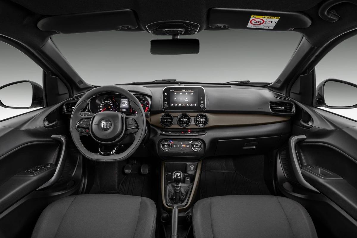 Fiat apresenta Cronos 2022 com destaque para a série S-Design reestilizada FiatCronosSDesign13MT15 medium