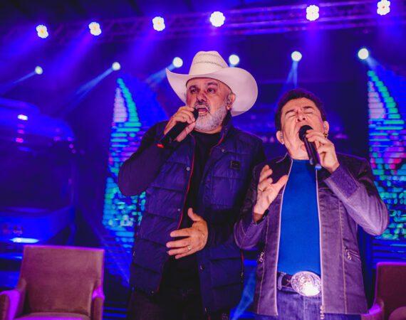 Live da Carboni com Rionegro & Solimões foi um grande sucesso!