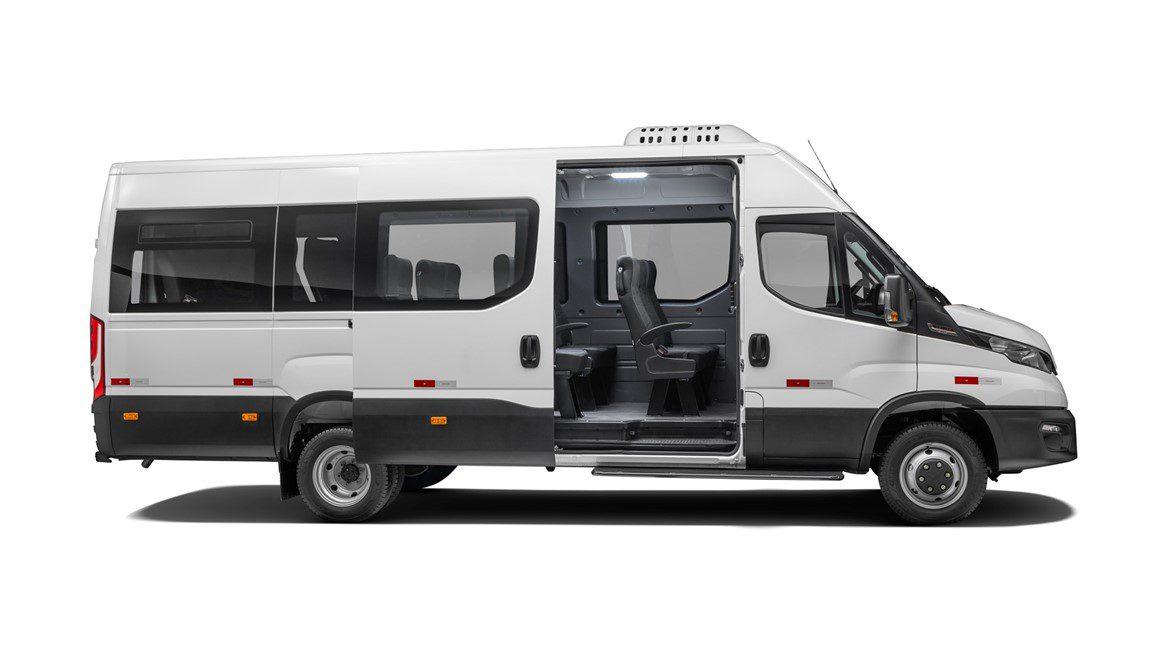 IVECO BUS apresenta novo Daily Minibus para transporte de passageiros com mais versatilidade 590471