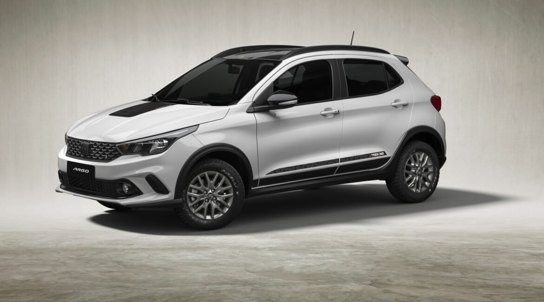 Fiat fecha julho com os três modelos mais vendidos do Brasil trekking 002 large