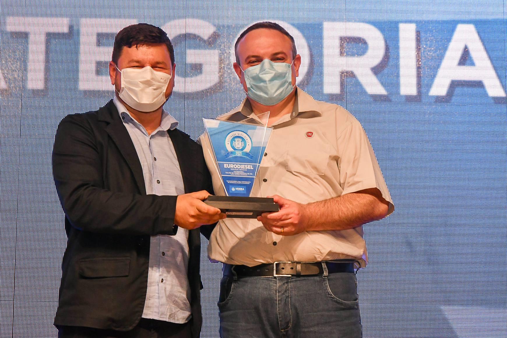 A Carboni é premiada novamente como Destaque Videirense 242475159 3276856065875075 4782587679392194198 n