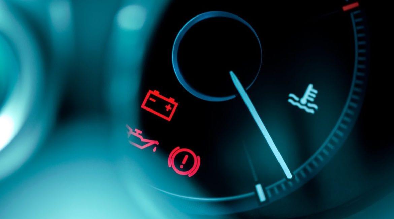O quê significam as luzes no painel do seu carro?