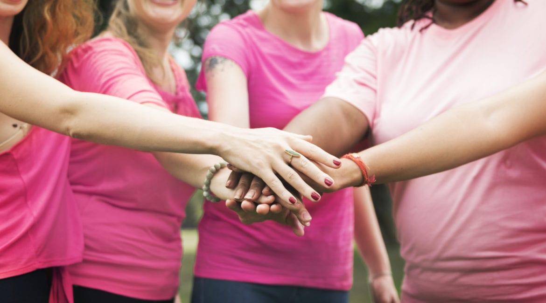Mulheres, parabéns pelo seu dia! women fighting breast cancer
