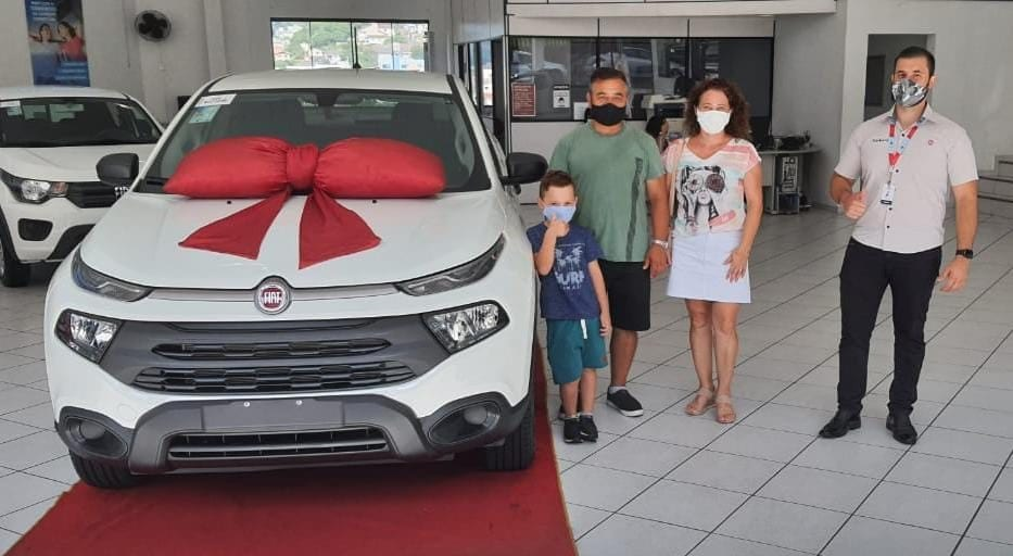 Fiat premia Vendedor Nota 10 da Carboni! 139031069 3647636758639141 8036233615422341846 n