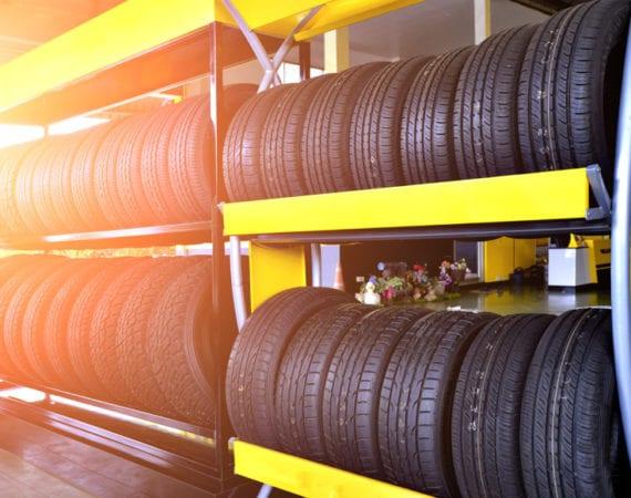 Venda de pneus cresce 10% em março e 5,4% no trimestre