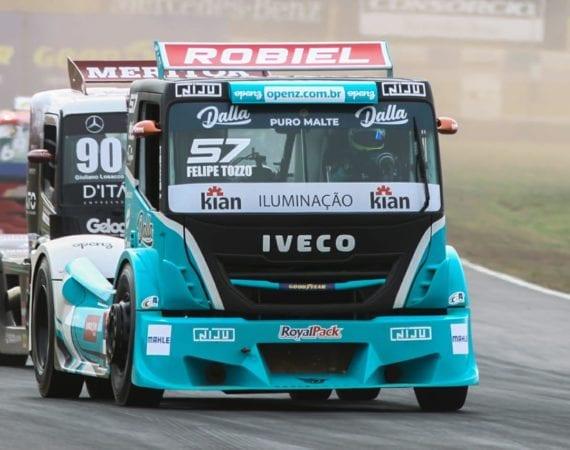 Felipe Tozzo brilha na estreia da Copa Truck em Goiânia