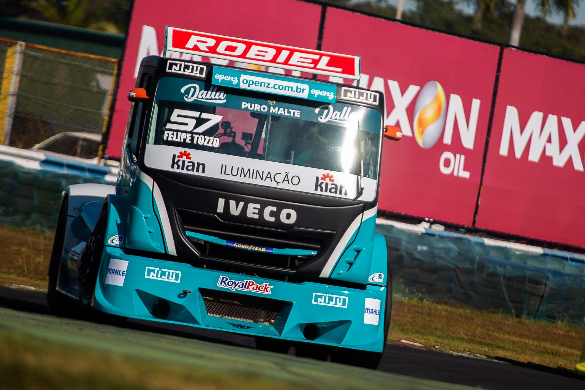 Carboni é patrocinadora oficial do piloto Felipe Tozzo da equipe Dakar na Copa Truck 2021