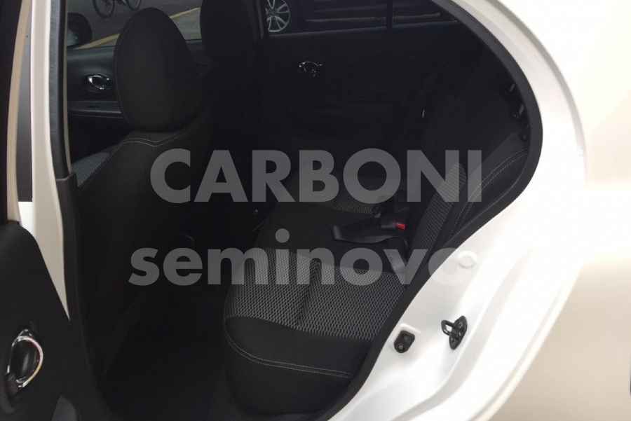NISSAN MARCH SV 1.6 4P 2016/2017