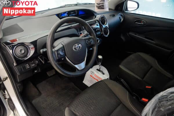 TOYOTA ETIOS HATCH X PLUS 15 AT 18/19 2018/2019