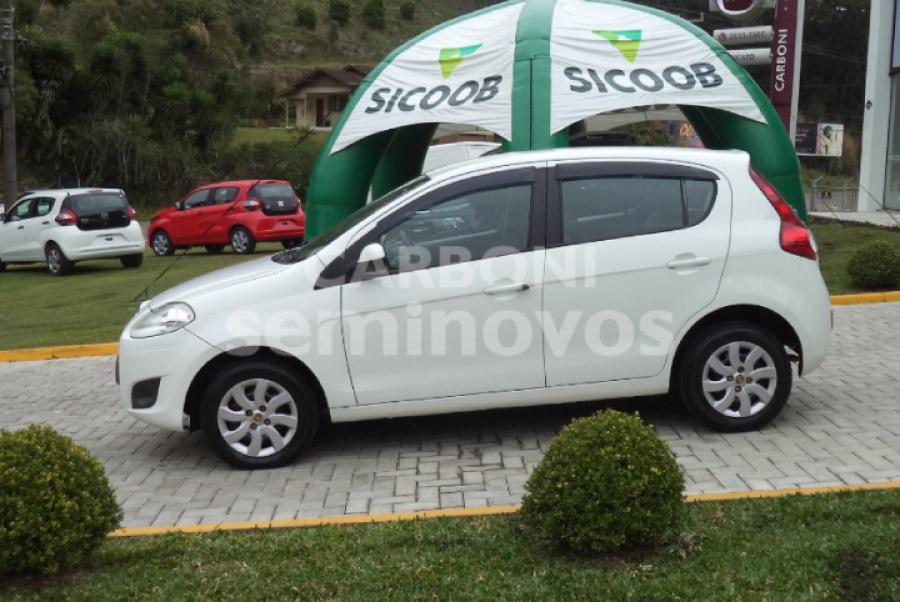 FIAT PALIO ATTRACTIVE 1.0 4P 2014/2015