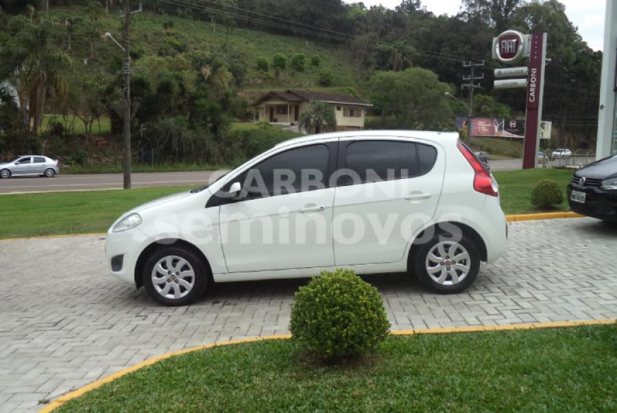 FIAT PALIO ATTRACTIVE 1.0 4P 2013/2014