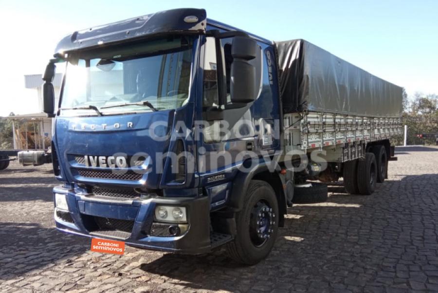 IVECO TECTOR 240E25 6X2 2010/2011