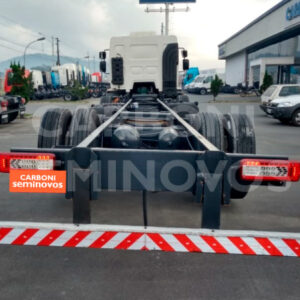 VOLVO VM 330 8X2 R 2015/2016