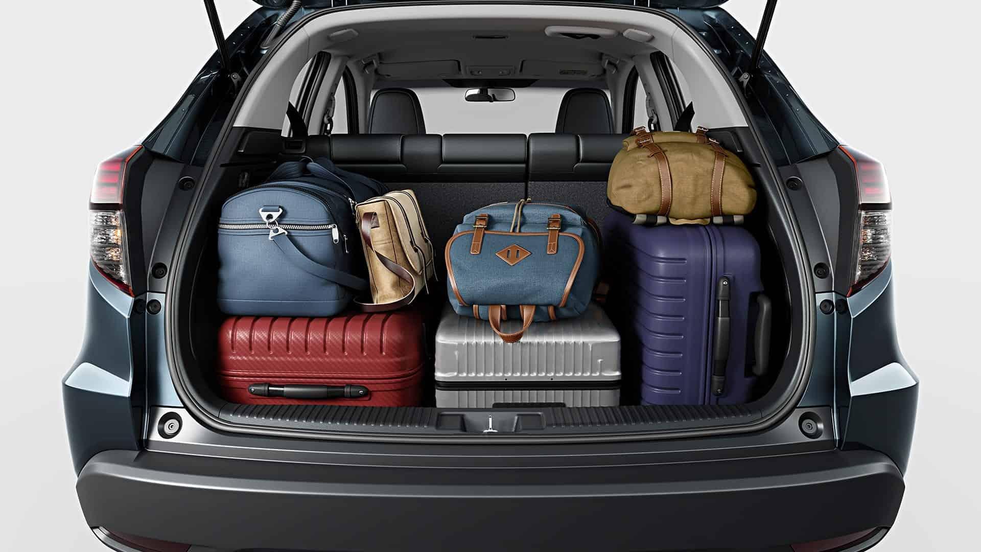 HR-V - Amplo porta-malas com acionamento interno