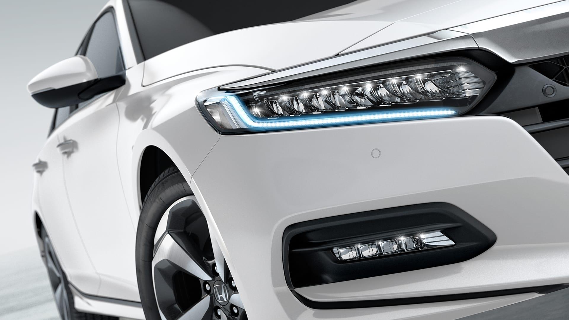 Accord - Conjunto óptico ful LED com sensor de acendimento automático