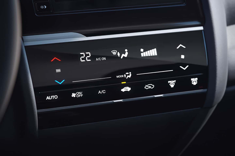 Ar-condicionado digital automático com tela full touchscreen - Climatização perfeita com tecnologia e visual inovador.