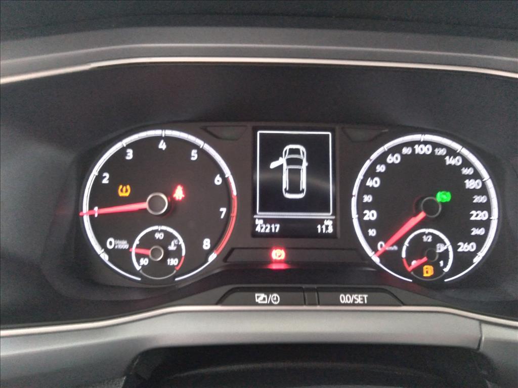 VOLKSWAGEN T-CROSS 1.0 200 TSI TOTAL FLEX COMFORTLINE AUTOMÁTICO 2019/2020