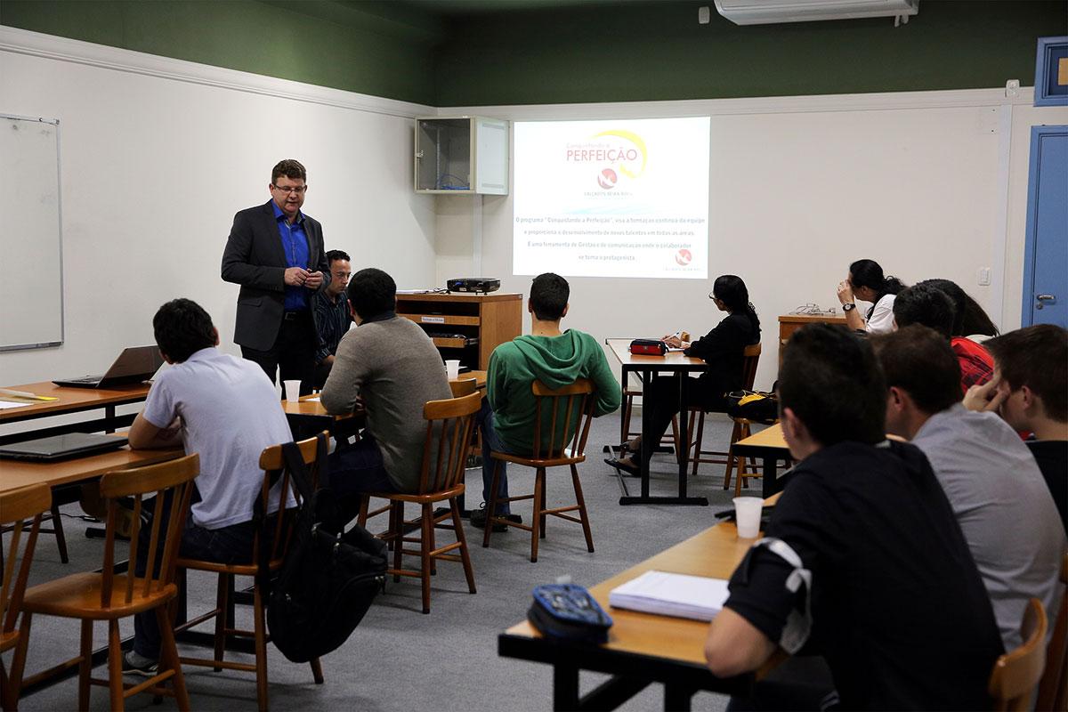 AMF - Faculdade Antonio Meneghetti